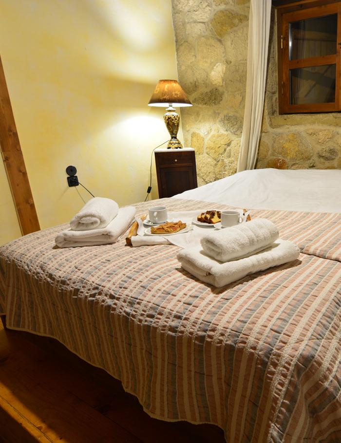 Χελυδορέα ζεν ξενοδοχείο στα Τρίκαλα Κορινθίας bf4333d78a4